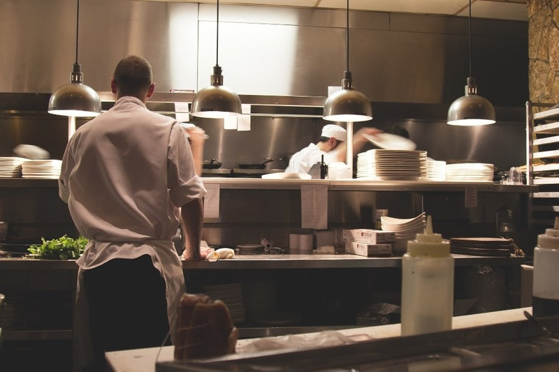 Why Your Hotel Or Restaurant Needs Pre-Christmas Commercial Kitchen Cleaning
