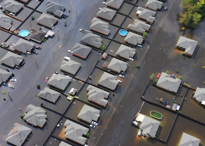 Preparing for a Flood and Flood Damage Restoration
